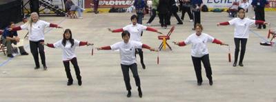 tai_chi_perform4